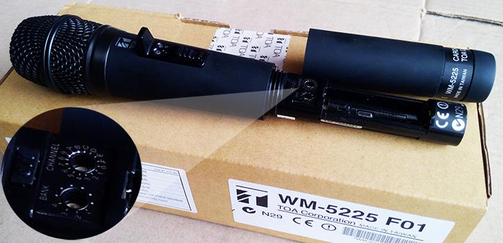 Micro không dây Toa  WM 5225