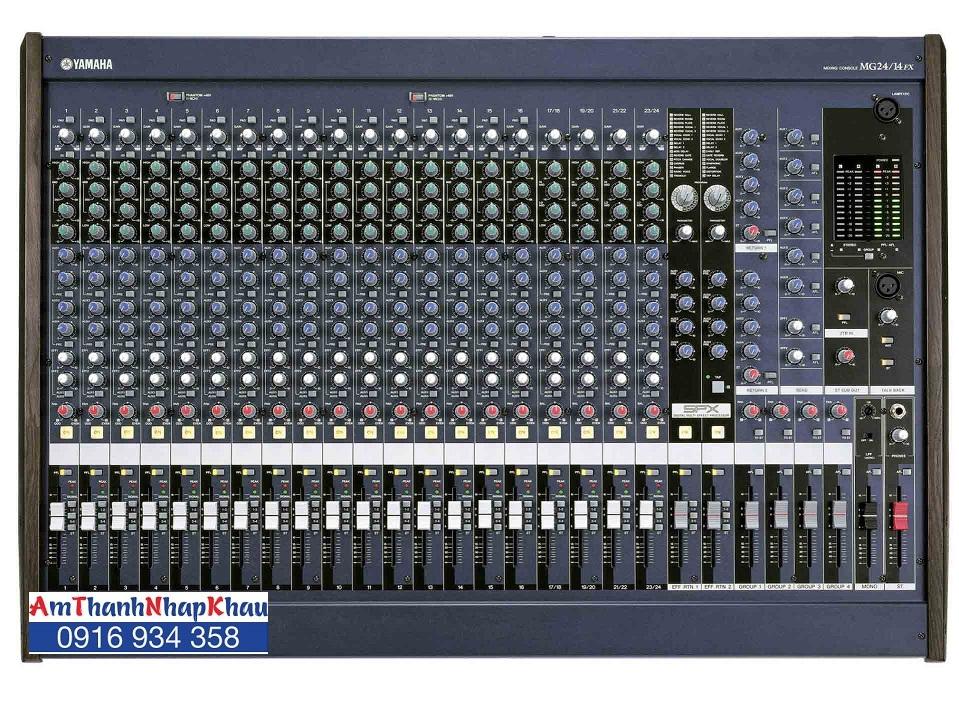 Mixer Yamaha LS932