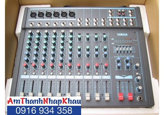 Mixer Yamaha MM 1402