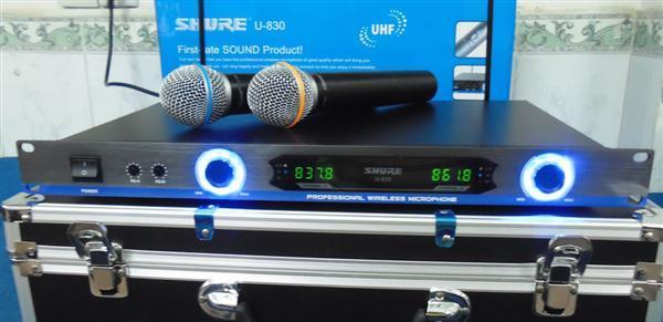 Micro không dây chống hú Shure U830