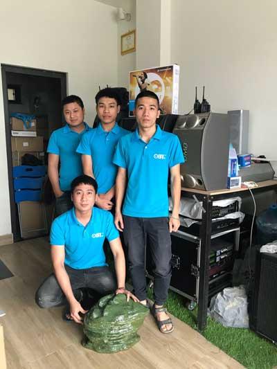Đội ngũ kỹ thuâtj viên lành nghề tại AHK Audio