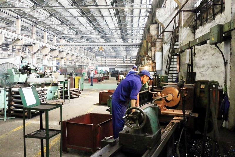 âm thanh cho xưởng cơ khí