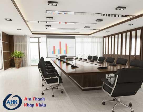 Có nên dùng micro cổ ngỗng để bàn để hội họp văn phòng?
