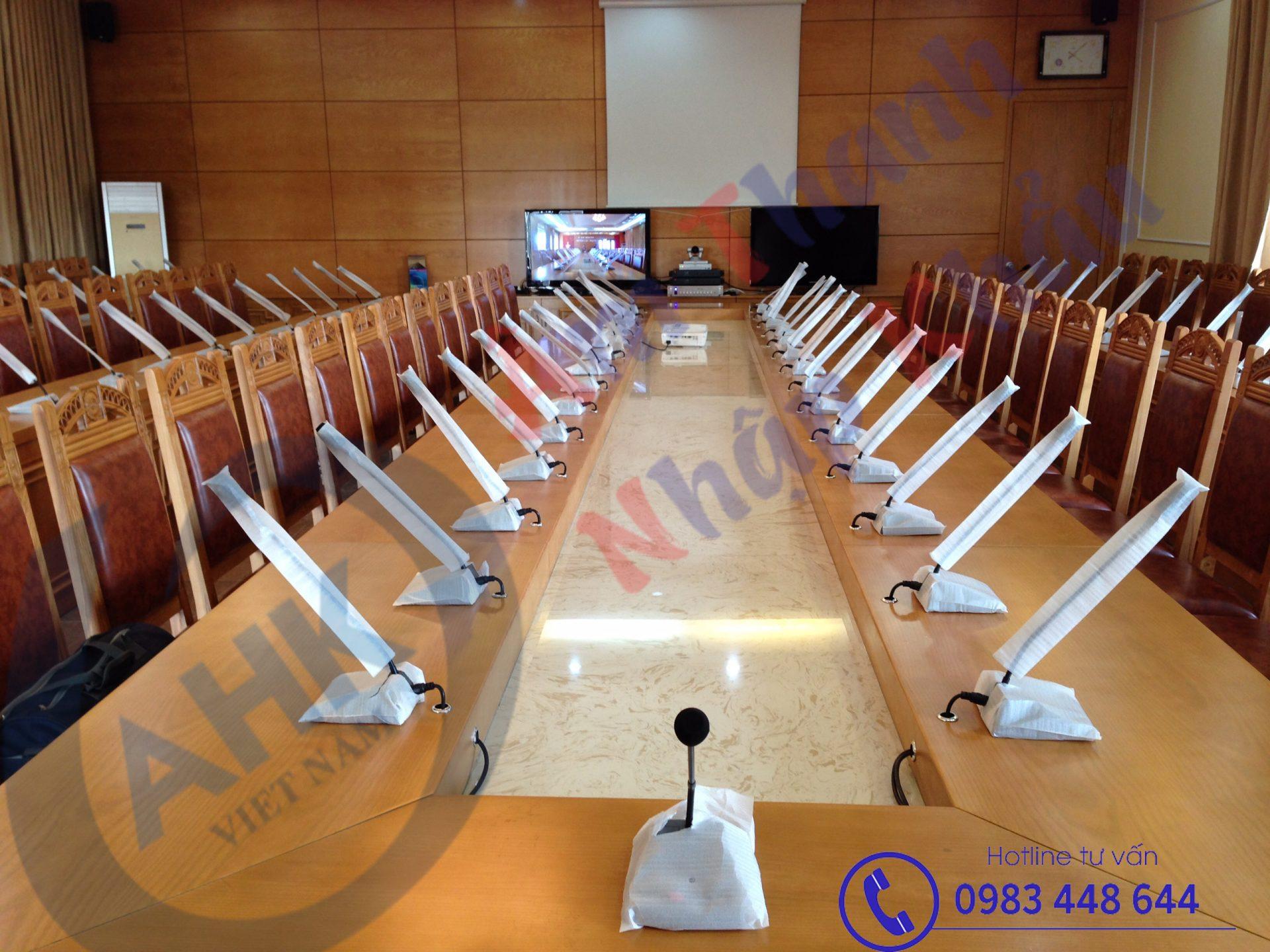 Tư vấn thiết kế, lắp đặt hệ thống âm thanh cho phòng họp.