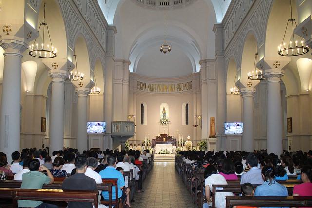 Loa Bose nhà thờ