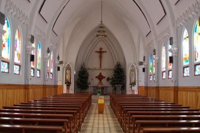 Loa nghe nhạc cho nhà thờ cao cấp giá tốt.