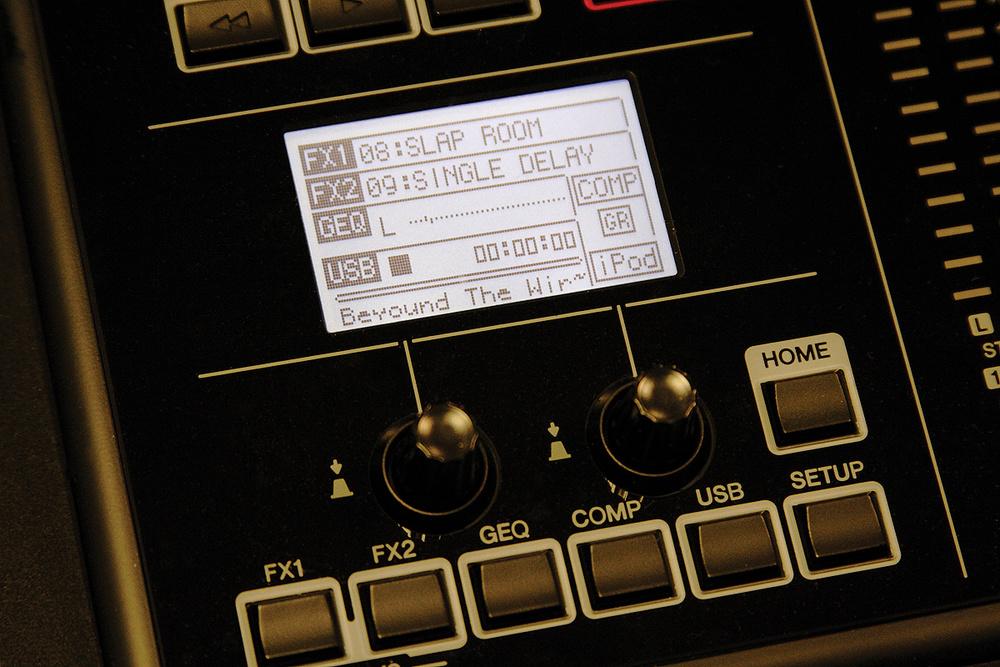 Bàn trộn âm thanh Yamaha
