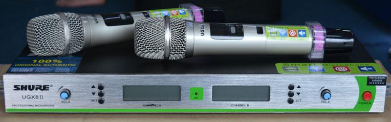 Bộ sản phẩm micro karaoke không dây Shure UGX8ii
