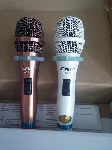 Micro karaoke có dây CAF