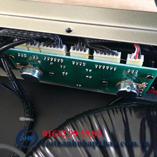 Cục đẩy công suất OBT 7800 công suất lớn chất lượng tốt 9
