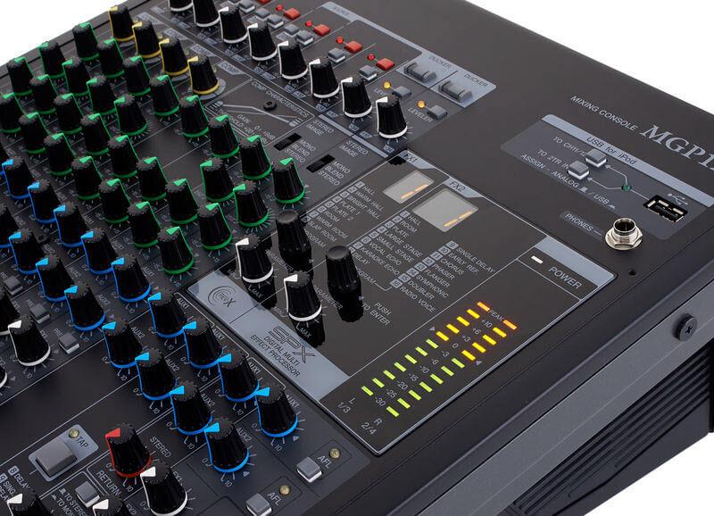 Mixer-Yamaha-MGP12X 2