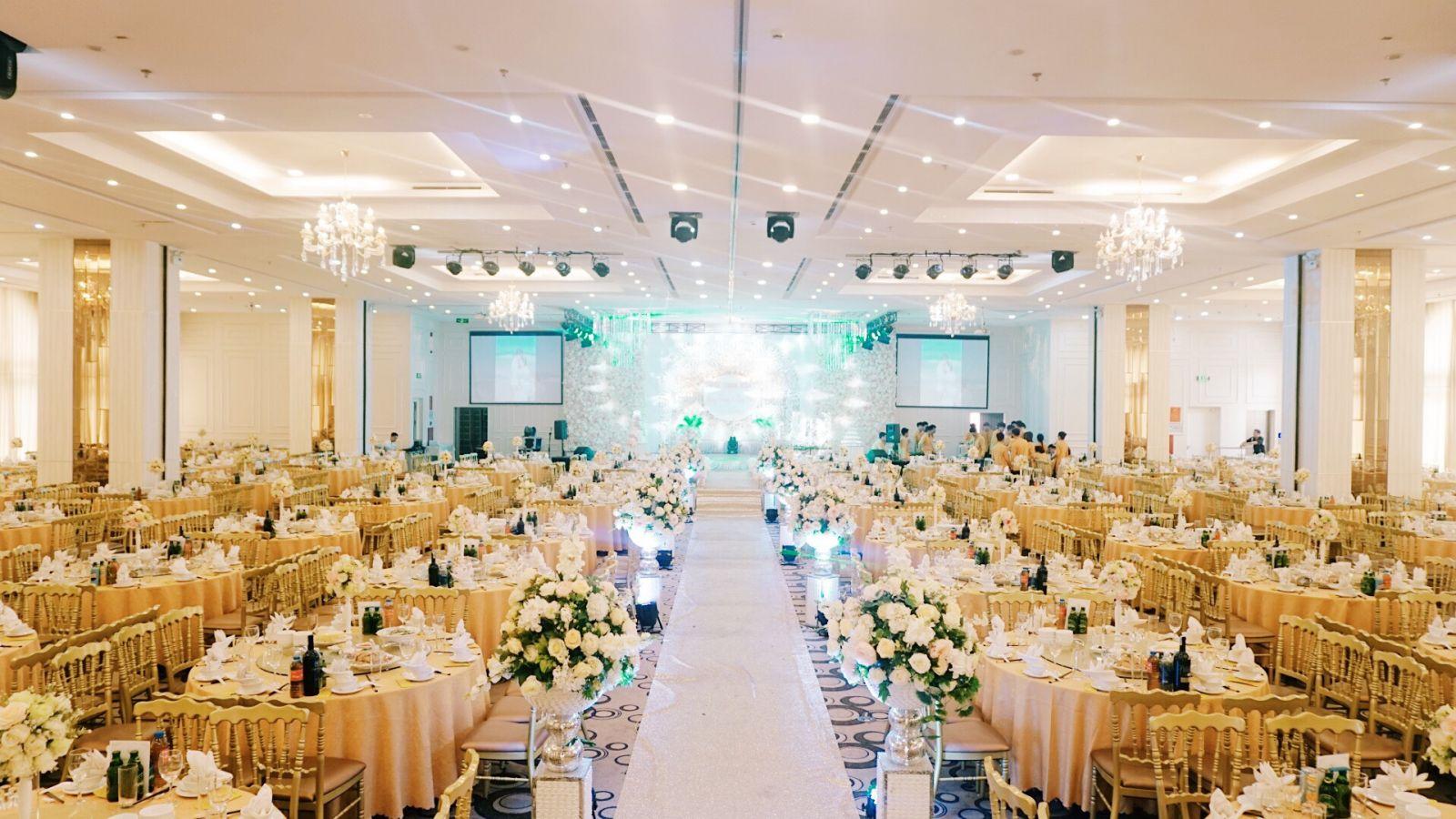 Hệ thống âm thanh biểu diễn cho nhà hàng tiệc cưới khách sạn