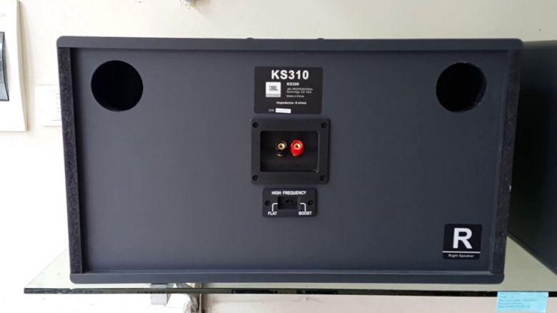 Mặt sau loa karaoke JBL KS 310