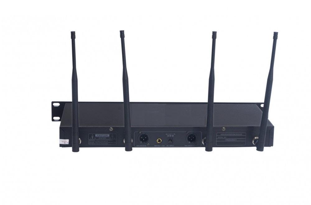 Micro không dây Shure UR12D - Một sản phẩm chất lượng cao của Shure 2