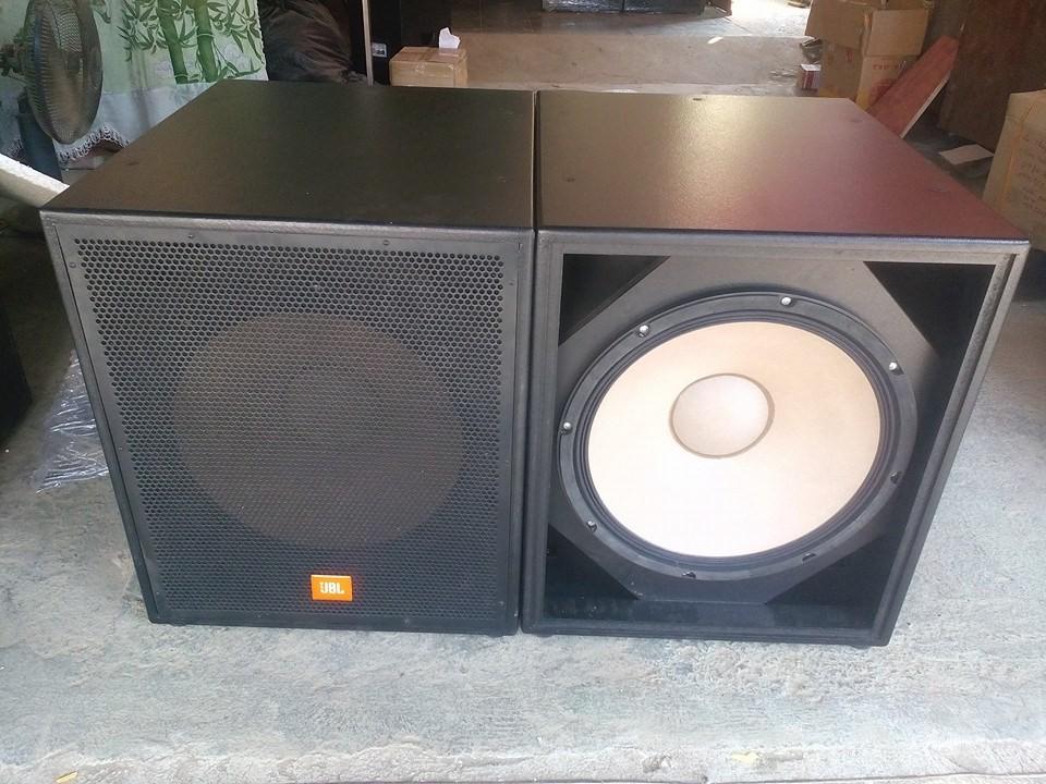 Loa siêu trầm điện JBL Bass 40cm