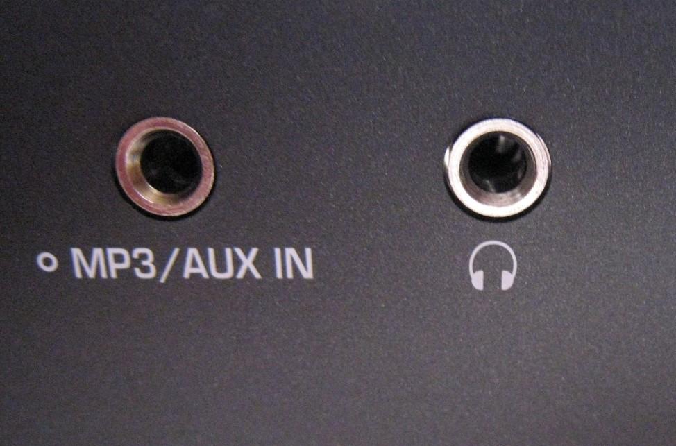 Thuật ngữ âm thanh AUX