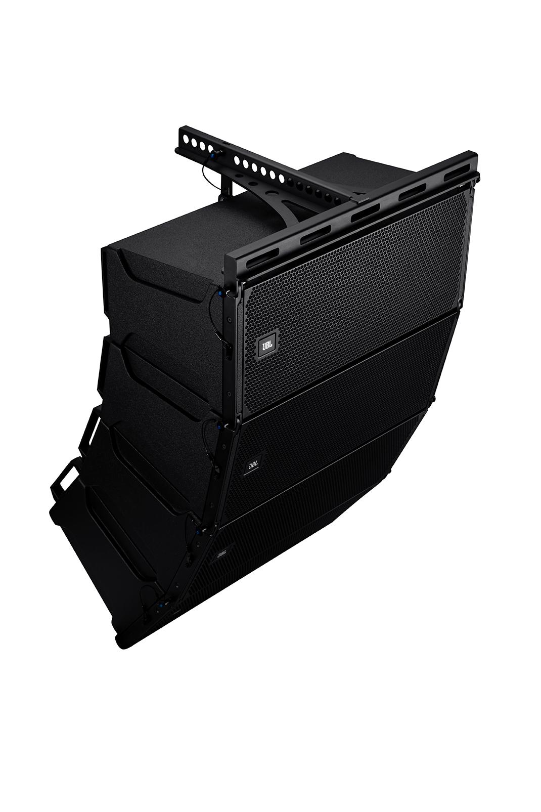 Loa array JBL BRX300 sử dụng nhiều mô đun lắp ghép cho góc phủ âm tuyệt vời