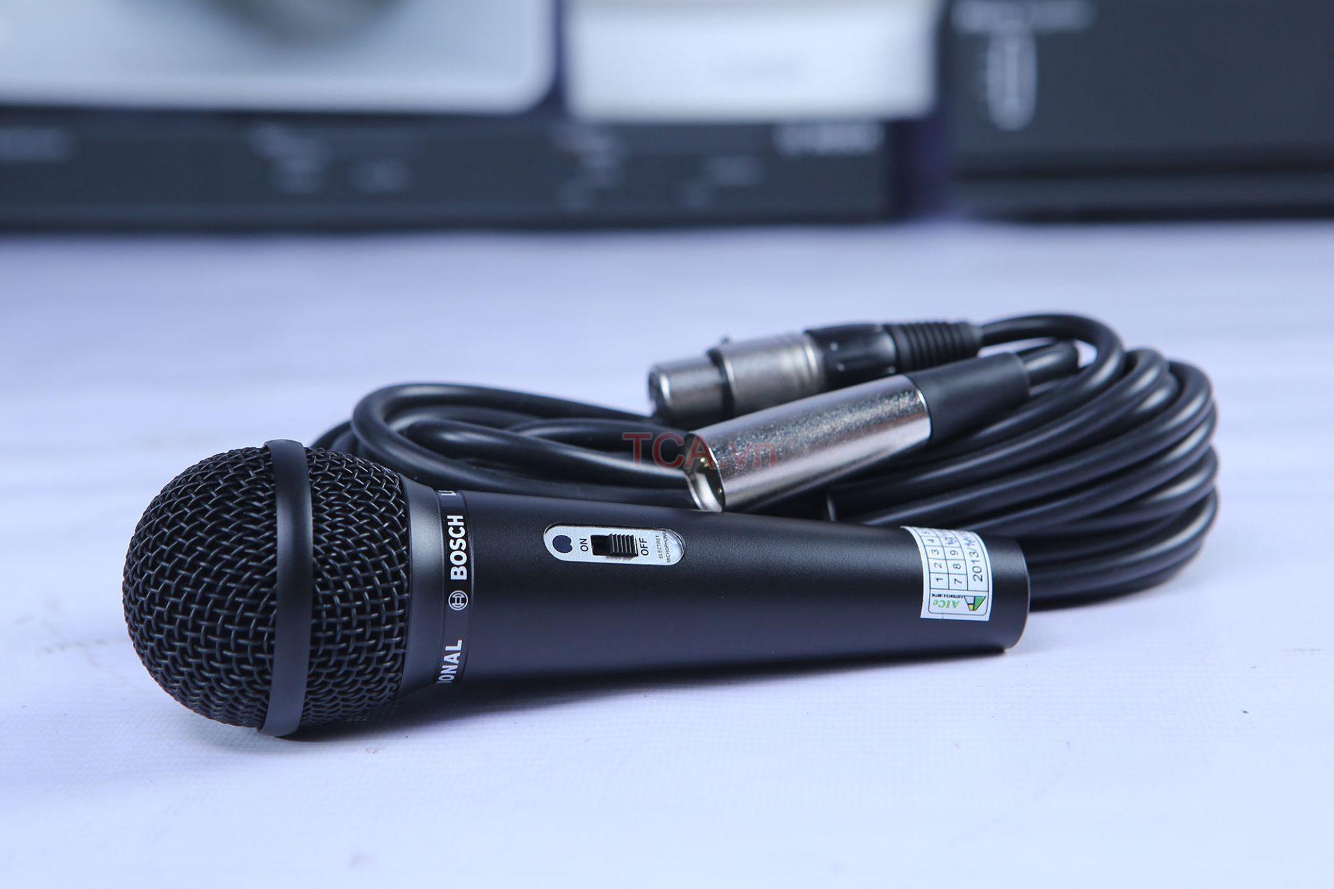 Micro có dây Bosch LBB9600 20