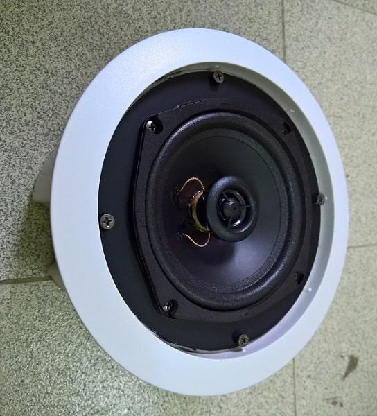 Loa âm trần BLT-355A có củ loa bass đường kính lớn