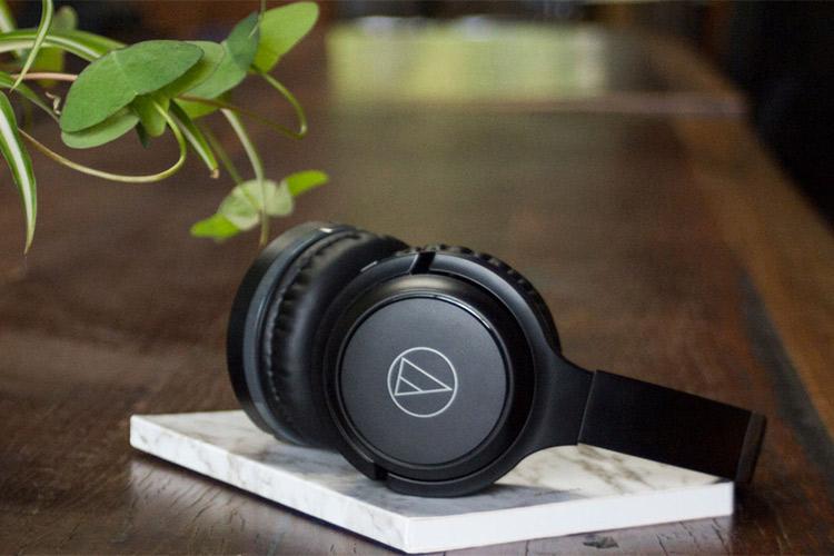Tai Nghe Audio Technica ATH-S200BT mau den