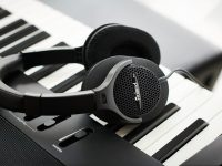 5 lưu ý khi mua tai nghe kiểm âm