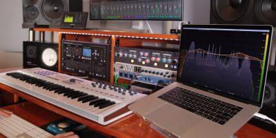 Thiết bị thu âm chuyên nghiệp tại nhà