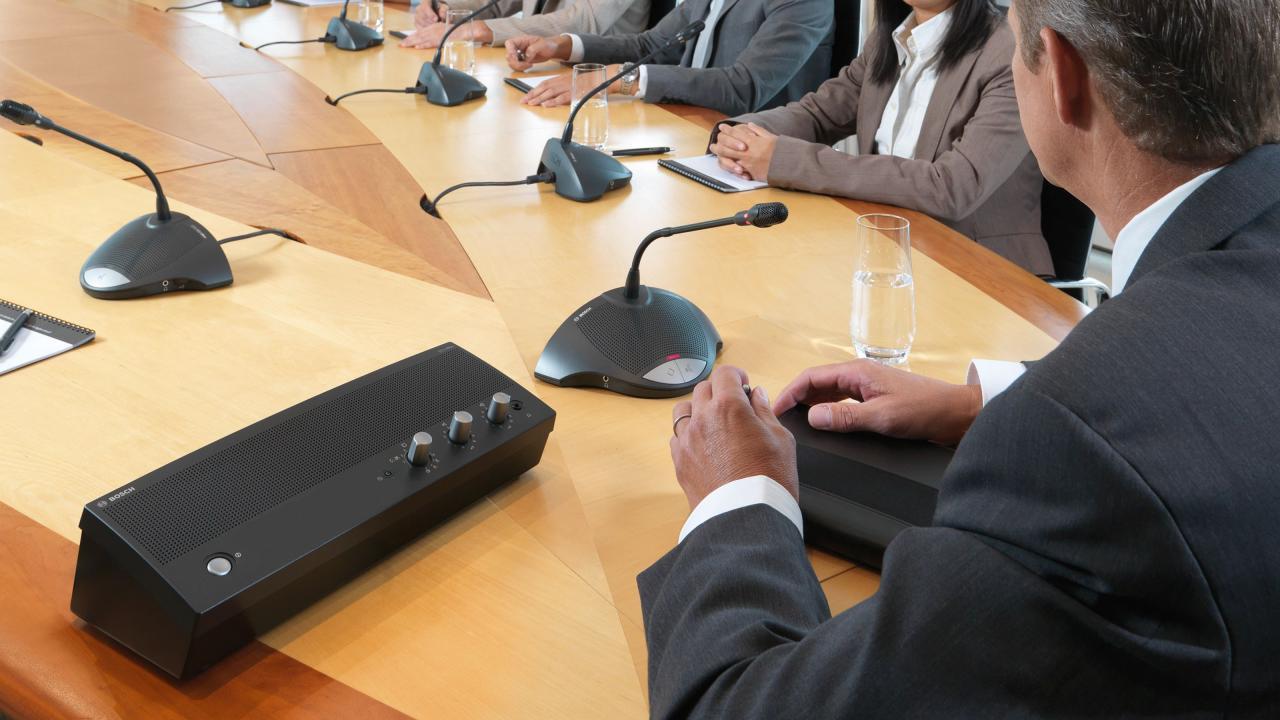 Hệ thống hội thảo BOSCH CCS 900 8