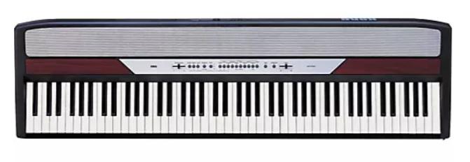 SP-250 có bàn phím trọng lượng tự nhiên